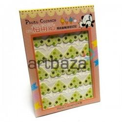 Уголки для альбомов и фотографий в скрапбукинге и кардмейкинге Photo Corners, цветы на салатовом фоне, 24 штуки