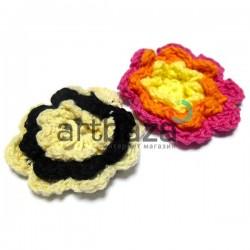 Набор декоративных вязаных цветков, Ø≈5 см., 2 штуки