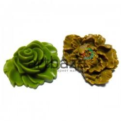 Набор цветных декоративных акриловых камей - розы, 3.7 - 5 см., 2 штуки, REGINA