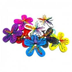 """Набор цветных деревянных декоративных подвесок """"Цветы"""", 6.2 x 6.8 см., 2 штуки, REGINA"""